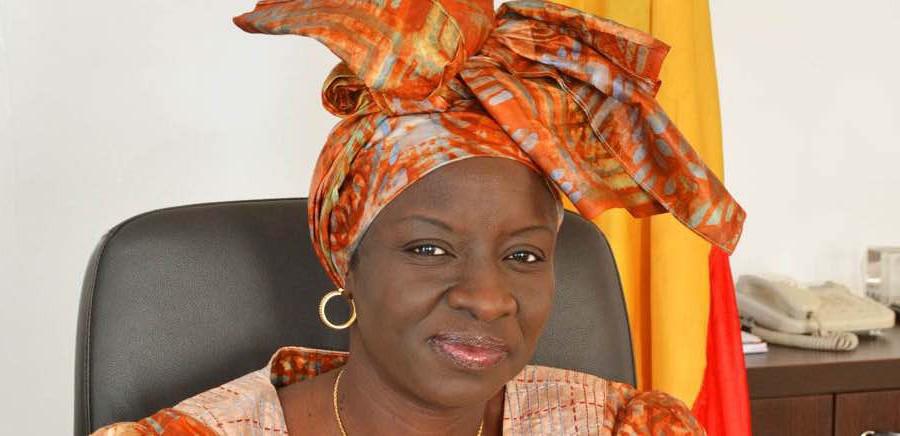 Etrangeté gouvernementale :  Mimi Touré nommée ministre des Affaires étrangères bis, mais… dites seulement «  Envoyée spéciale »