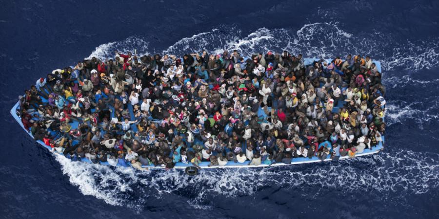 Crise migratoire : près de 1000 migrants secourus dimanche au large e la Lybie