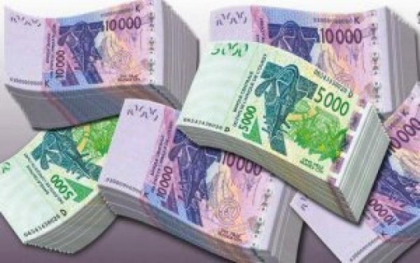 Thiès : un jeune homme arrêté parmi les vendeurs de moutons avec 2 millions de francs en faux billets