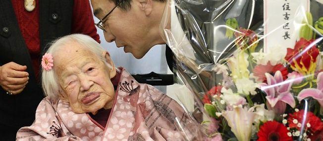 La doyenne de l'humanité, la Japonaise Misao Okawa, a fêté ses 117 ans