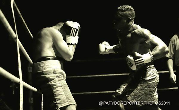 Un maire au talent de boxeur édente son rival : l'affaire est devant Dame-Justice