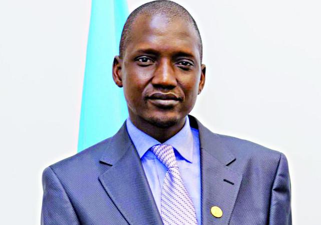 Télécommunications : Yaya Abdoul Kane à Genève à la tête d'une forte délégation