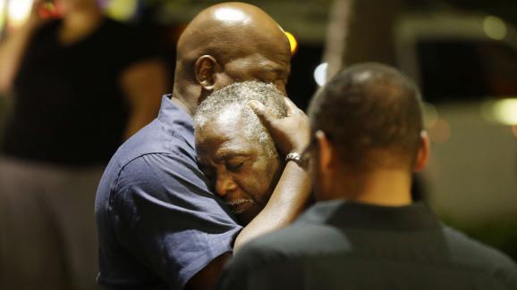 Etats-Unis : une attaque raciste dans une église fait neuf morts dont le pasteur