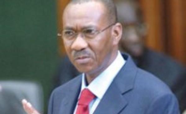 UEMOA Cheikh Hadjibou Soumaré maintenu à son poste jusqu'au prochain sommet