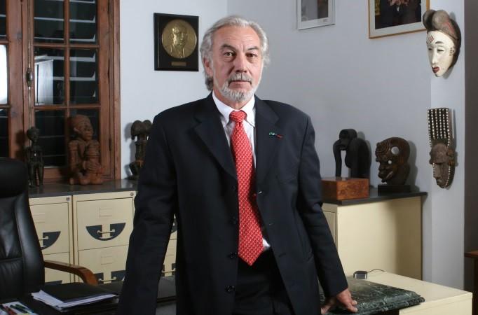 Faites connaissance avec l'entrepreneur mécène, Gérard Sénac, PDG d'Eiffage  Sénégal