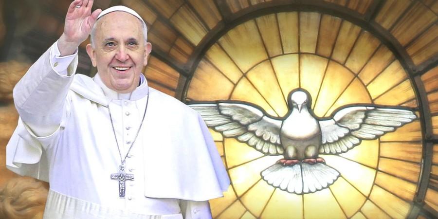 Quand un baiser du Pape rétrécit la tumeur inopérable d'une fillette