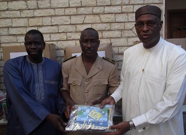 Commune de Gueule-Tapée-Fass-Colobane: Le maire 0usmane Ndoye offre des kits scolaires aux écoles