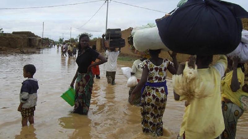 Nigeria : 40 morts, 200 000 maisons et 2000 véhicules détruits suite à des pluies diluviennes