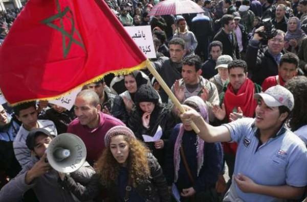 Manif au Maroc : 30.000 personnes à Laâyoune pour réclamer le départ de la Minurso