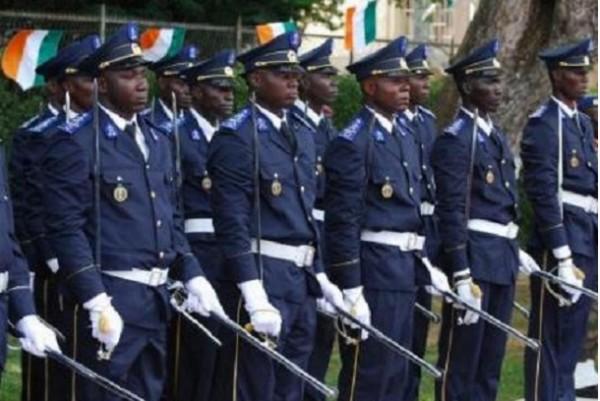 Côte d'Ivoire : 4 policiers condamnés à 24 mois d'emprisonnement pour racket et extorsion de fonds