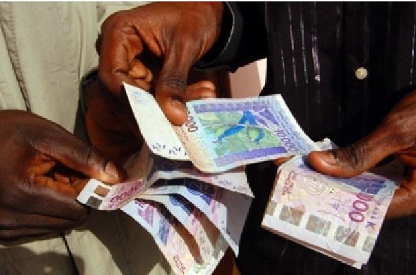 Corruption Le policier Assane Diallo déféré, l'auteure de la vidéo arrêtée
