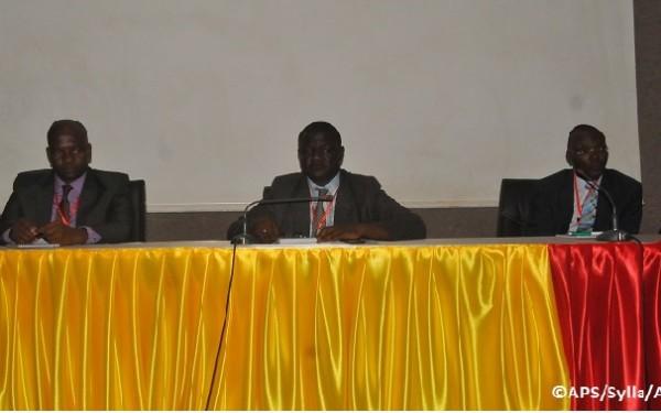 Des universitaires camerounais invitent nos gouvernants à des réformes institutionnelles pour  améliorer le climat des affaires :