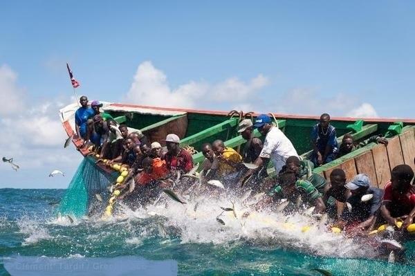 Goudomp  Une pirogue chavire, deux personnes portées disparues, 23 autres sauvées