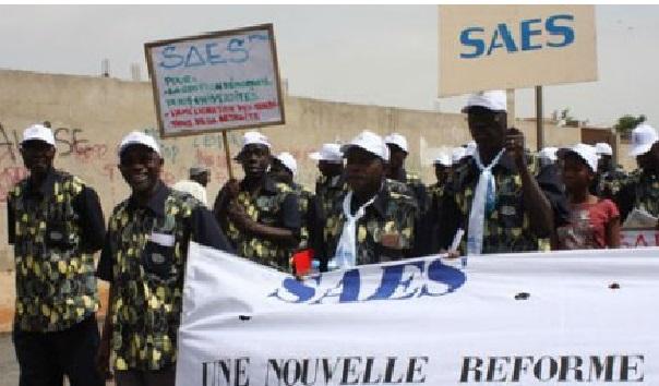 L'Education  vers des remous  Le SAES a déposé un préavis de grève ce mardi
