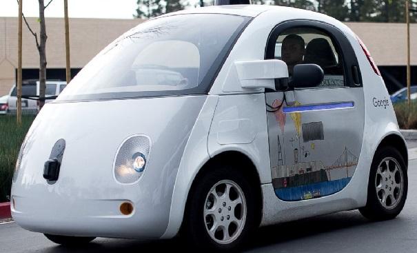 Voiture automatique sans conducteur, Obama veut passer à la vitesse supérieure pour réduire les accidents mortels