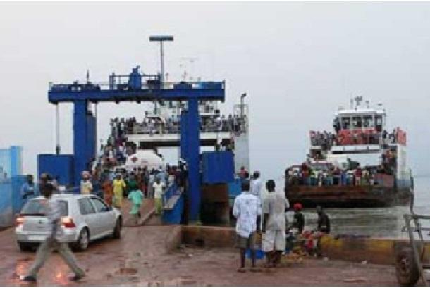 Blocus de la Transgambienne Les populations de Ziguinchor publient un mémorandum appelant  Macky et Jammeh à la raison
