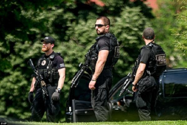USA La sécurité présidentielle blesse grièvement un homme armé devant la Maison Blanche