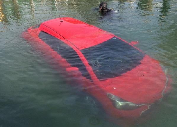 Ontario Une conductrice fait trop confiance à son GPS et finit dans un lac