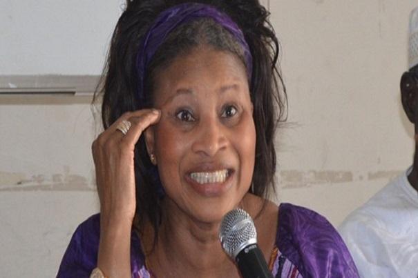 Assemblée Nationale Les propos  durs ont volé bas hier entre AÏssata Tall Sall et Sidiki Kaba