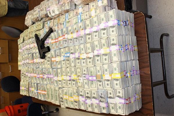 Floride 24 millions de dollars saisis chez un présumé trafiquant de marijuana