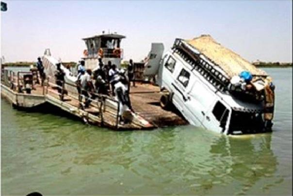 Rosso-Sénégal Un bus fait une fausse manœuvre et finit dans le fleuve, 5 morts selon un premier bilan