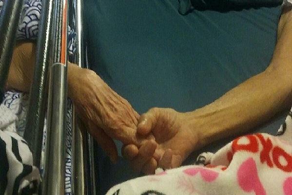 San Antonio Un couple meurt la main dans la main