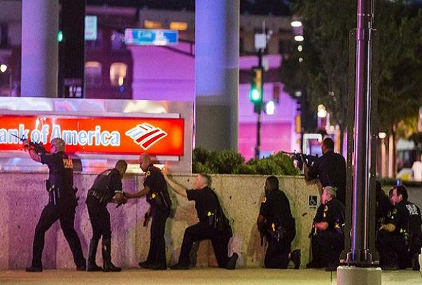 Dallas : Cinq policiers abattus lors d'une manifestation contre la brutalité policière