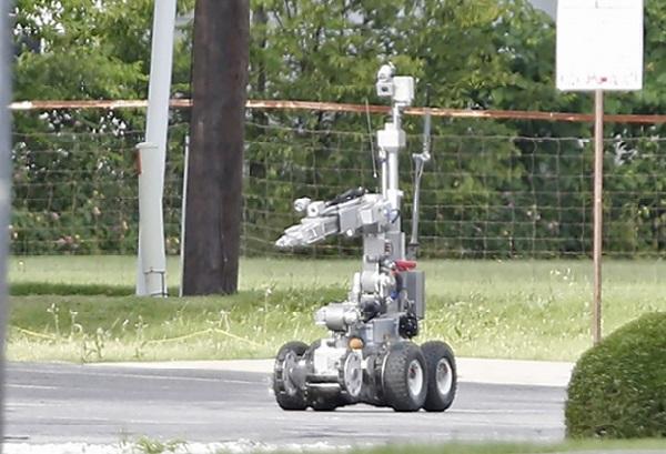Dallas C'est un robot muni d'un explosif qui a tué le sniper qui avait descendu 5 policiers