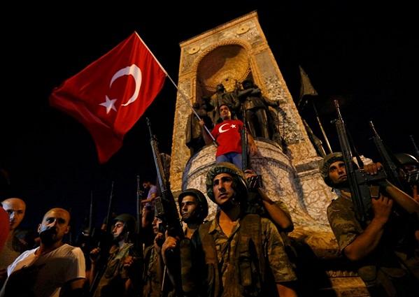 Putsch avorté en Turquie : Un nouveau bilan parle de 90 morts et 1 154 blessés,