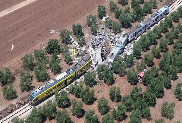 Italie  Une collision frontale entre deux trains fait une vingtaine de morts