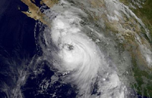 L'ouragan Newton fait 2 morts au Mexique,  3 disparus et se dirige vers les Etats-Unis