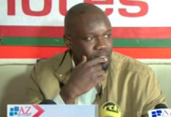 Ousmane Sonko chahuté à sa sortie de l'Assemblée, « ce n'est qu'un début ! », promettent de jeunes apéristes