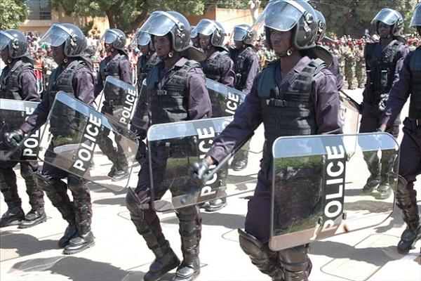 Lutte contre la corruption Le Burkina installe des services de  ''police des polices''