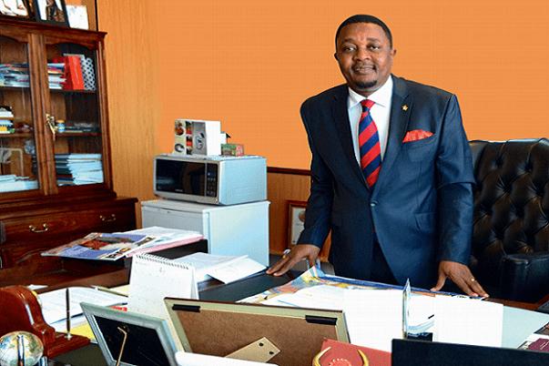 OMT L'Afrique choisit le Zimbabwéen Walter Mzembi comme candidat au poste de Secrétaire Général
