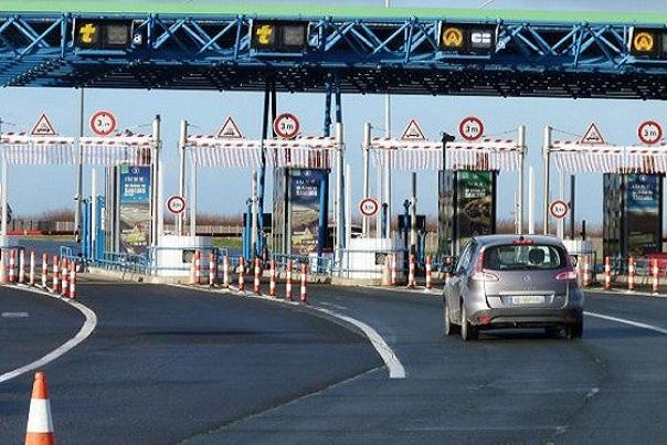 Révision de la concession de l'autoroute à péage et des tarifs