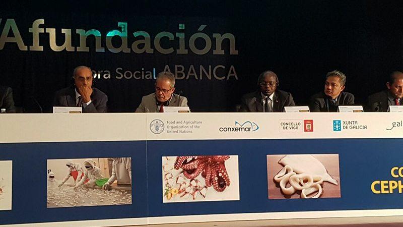 Congrès international sur les  Céphalopodes A Vigo   Le Ministre Oumar GUEYE fait la promotion du « label Sénégal »