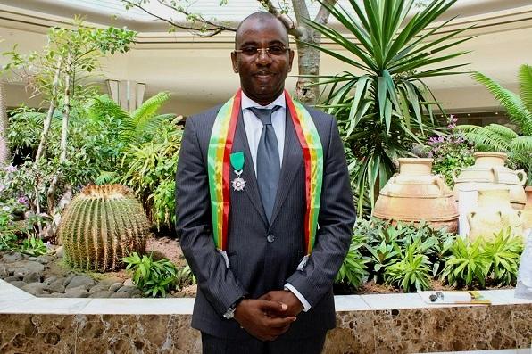 Moustapha Mamba Guirassy élevé au rang de Chevalier de l'Ordre National du Lion