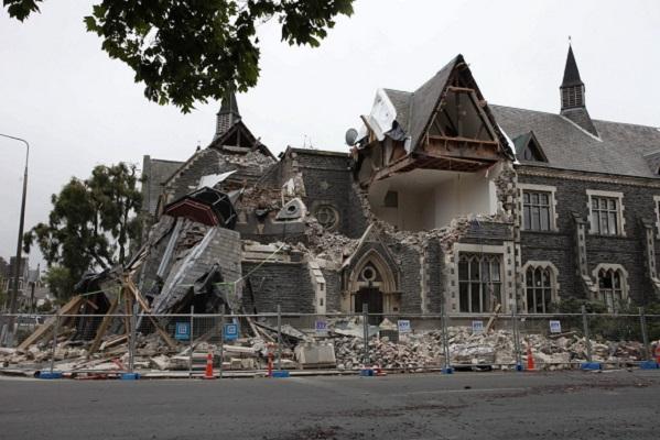 La Nouvelle -Zélande frappée par un tremblement de terre d'une magnitude de 7, 4, suivi d'un tsunami