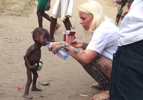 Source de motivation Anja Ringgren Lovén, secouriste du garçon nigérian détrône Obama et le Pape François