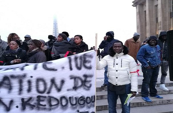 France La diaspora a manifesté pour Kédougou afin d'avertir Macky Sall et son régime