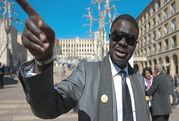 Transferts douteux  Indigné, Pape Diouf, l'ancien président de l'Olympique de Marseille, annonce sa mise en examen