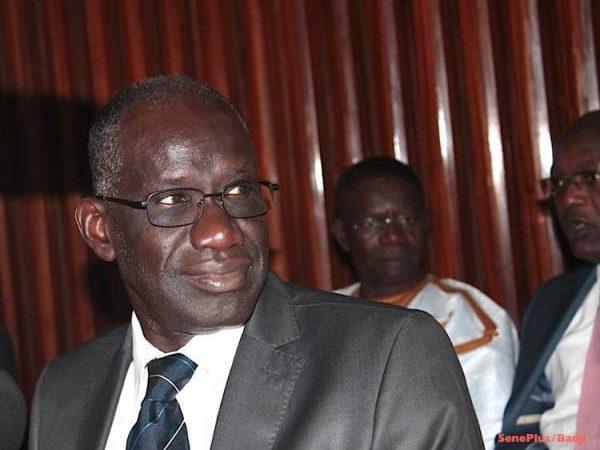Loi sur les droits d'auteur et droits voisins : Macky Sall  pour son  application intégrale