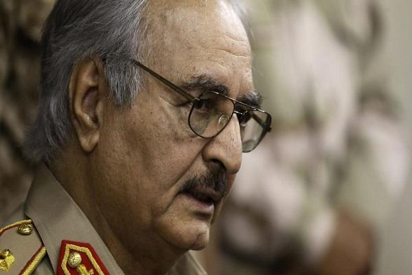 Libye: le général Haftar tente de s'emparer d'un aéroport