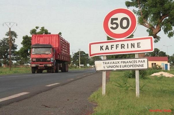 Kaffrine Un mort, un blessé grave dans une collision entre un bus et un véhicule 4×4