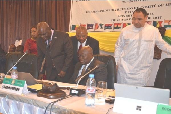 Visite de courtoisie du président ghanéen aux membres du  comité de l'administration et des finances de la CEDEAO