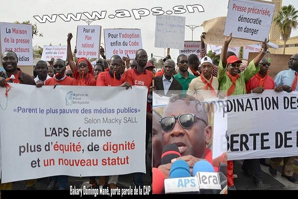 Médias Les journalistes dénoncent la «situation alarmante» de leur secteur d'activité