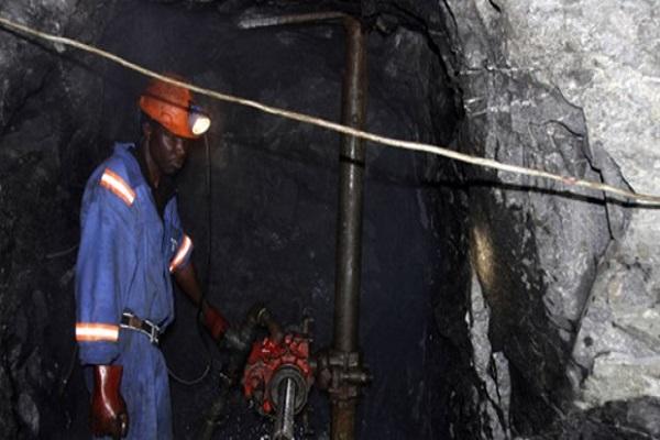 Afrique du Sud : grande polémique autour de l'actionnariat noir dans les mines