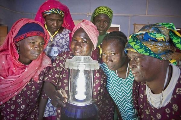 Difficultés d'accès à l'énergie : Les femmes sont les plus touchées