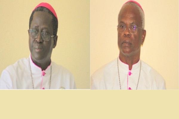 2ième Rencontre des Evêques d'Afrique sur Caritas: Mgr Benjamin Ndiaye et Mgr Jean-Pierre Bassène face à la presse le vendredi 18 août