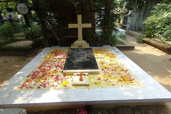 Commémoration des fidèles défunts : le programme de nettoyage des cimetières catholiques débute le 1er octobre prochain